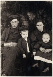 The Barham family, circa 1905
