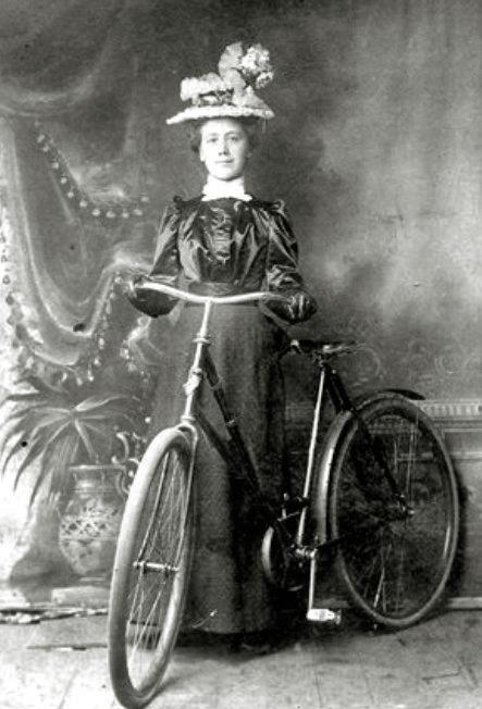 Cora Belle: 1899