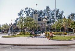 Laid-Back Disneyland: 1958