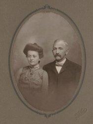 Ella and Amos: 1902