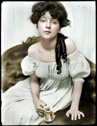Evelyn Nesbit (Colorized): 1901