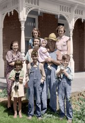 Farmville (Colorized): 1938