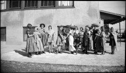 Fiesta: 1930s