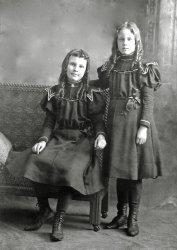 Sisters: 1900