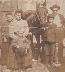 The Klemm Family: c.1907