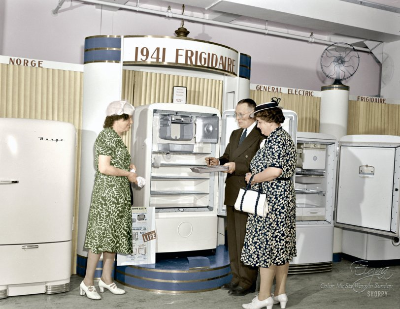 Frigidaire (Colorized): 1941
