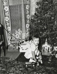 Gayl's First Christmas: 1948