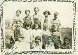 1931 country school class photo