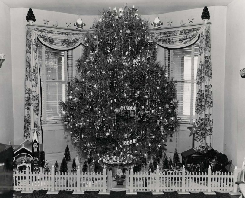 Grampa's Rotating Tree: c. 1950