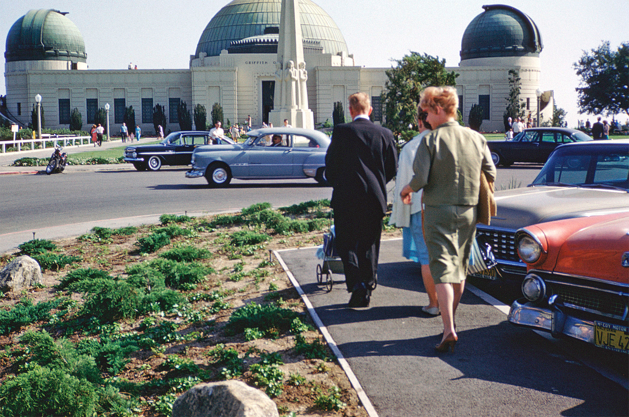 Family outing to Griffith Observatory in Los Angeles, Spring 1962. New ... Losangeles