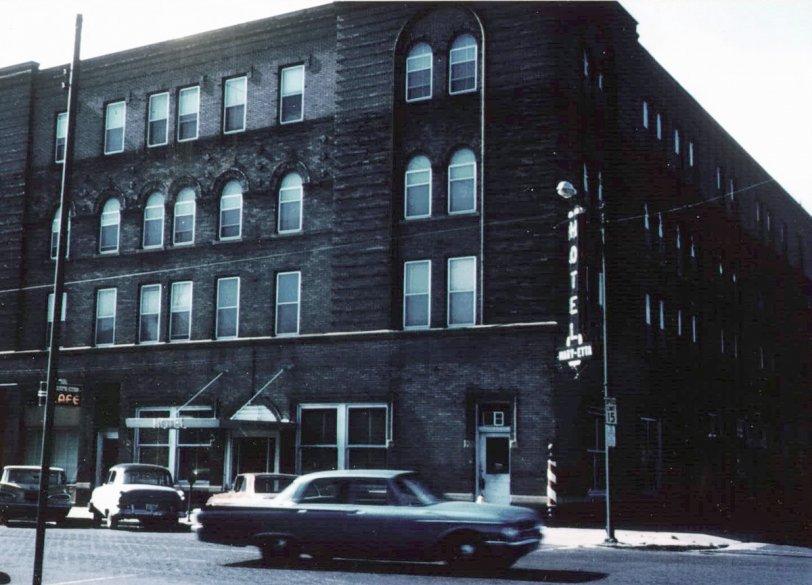 Hotel Mary-Etta: c. 1964