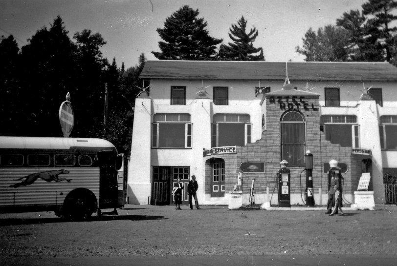1949 Aztec Hotel