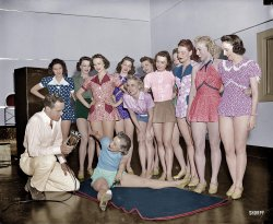 I Have to Split Now (Colorized): 1938