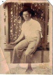 Morris Weddle: 1932
