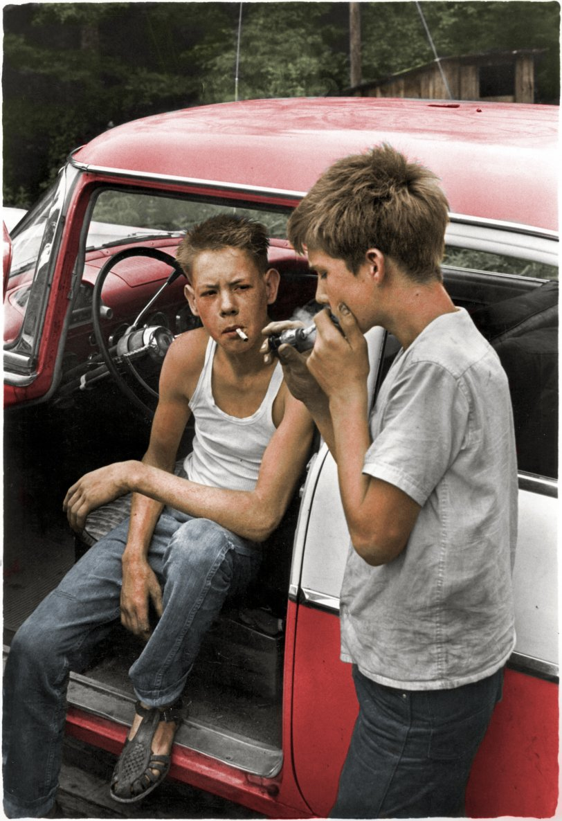 Cigarette Lighter (Colorized): 1964