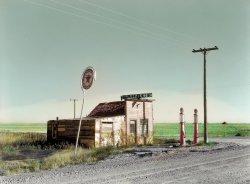 Last chance Texaco (Colorized): 1937