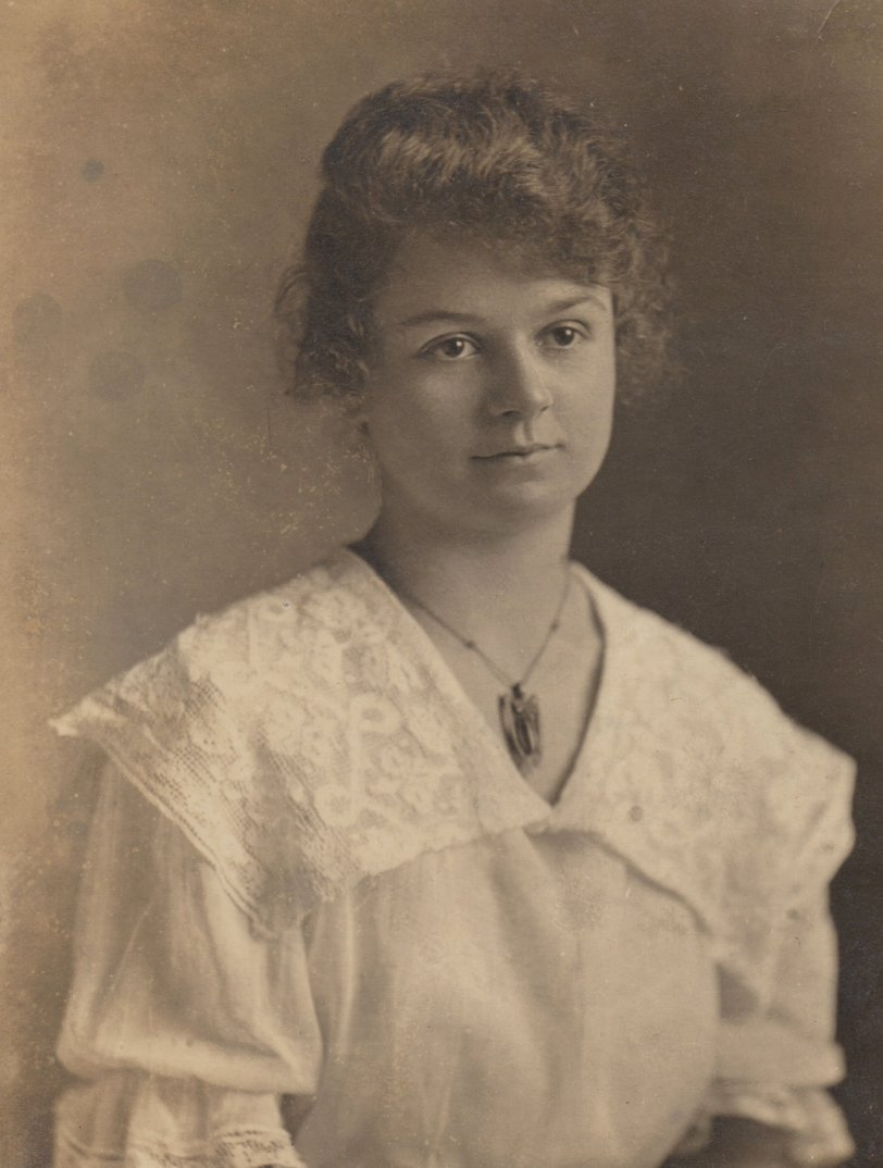 Lucille Laura Triplett: 1916