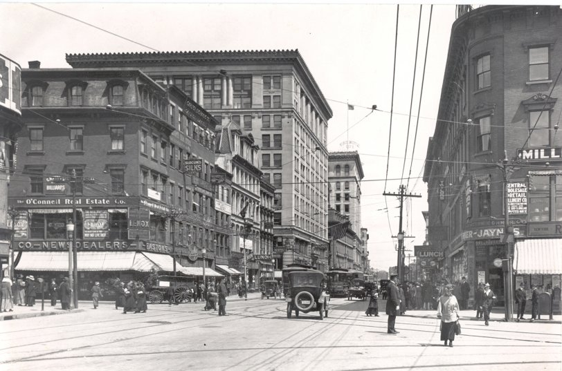 Main Street: 1916