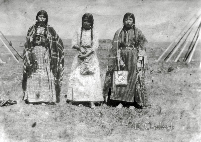 Native American Women: c.1910