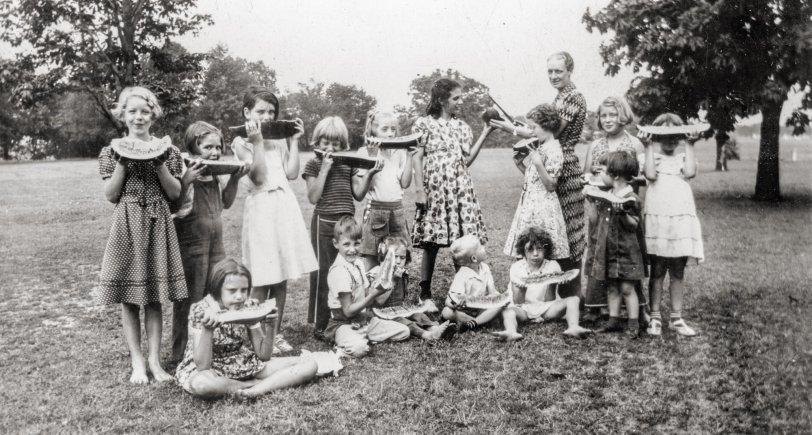 Neighborhood House Picnic: 1930s