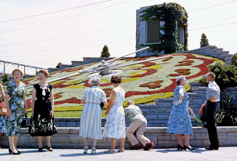 Floral Clock: 1958
