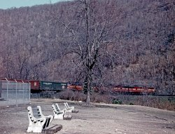 Pennsy Es on the Horseshoe Curve