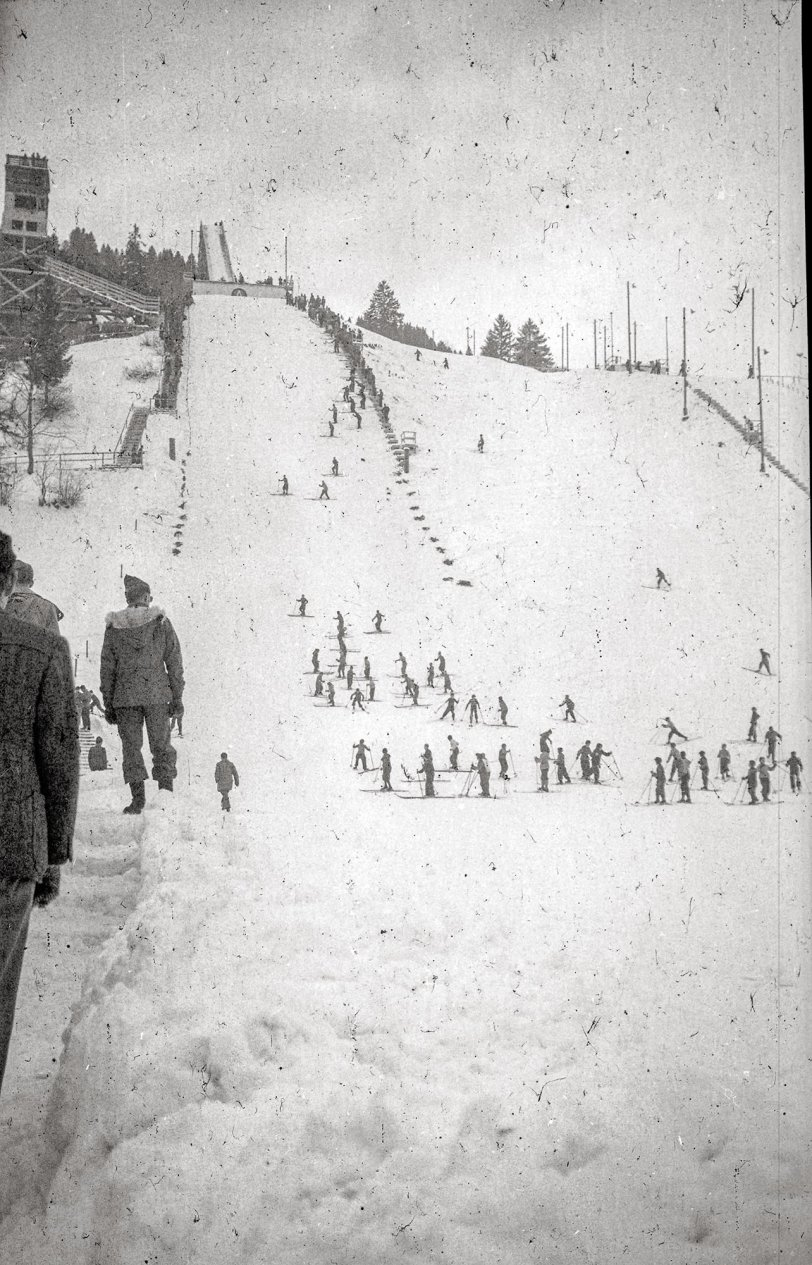 Servicemen Ski Outing: 1944