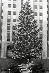 30 Rock Christmas: 1952