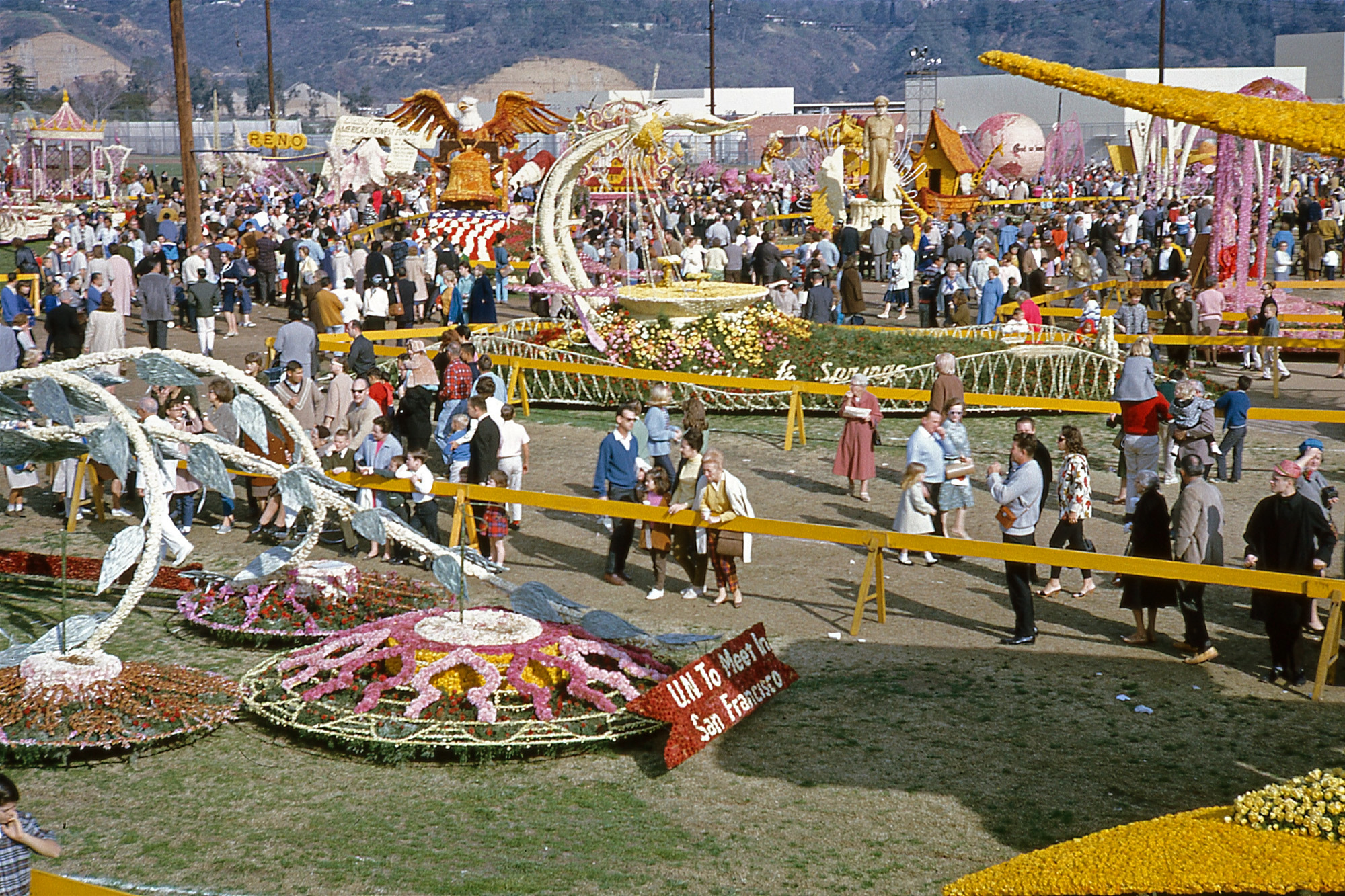 Shorpy Historic Picture Archive Rose Parade Floats