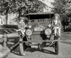 Car Seat: 1918