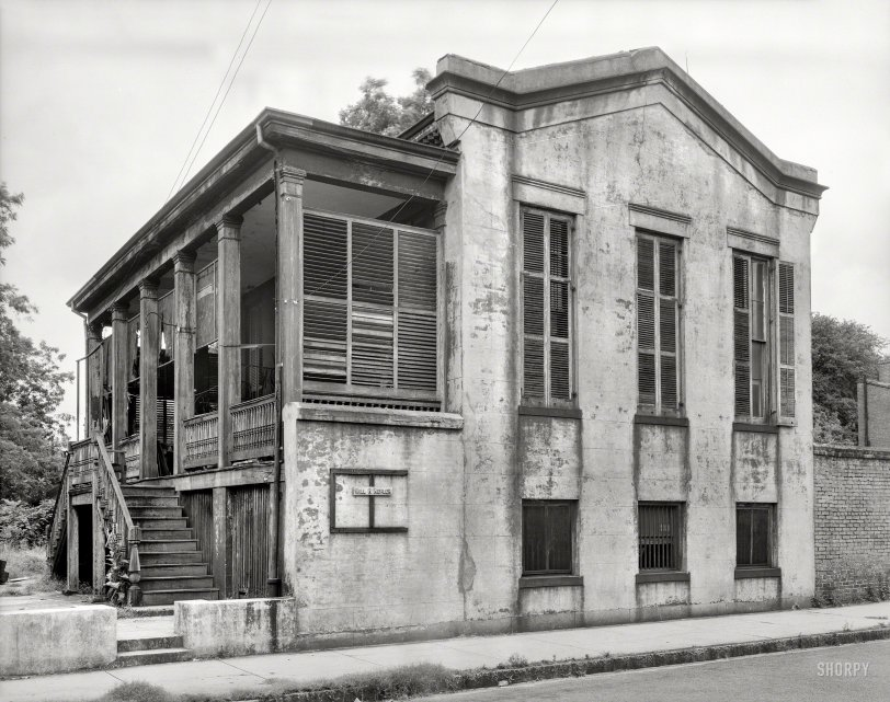 House of Shutters: 1939