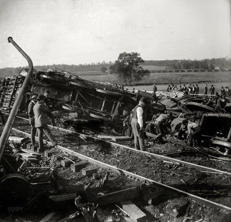 Train Wreck: 1900