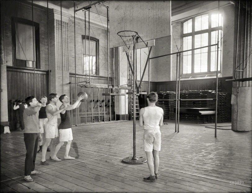 Next Stop, Niketown: 1908
