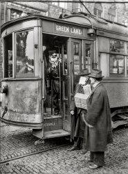 Going Viral: 1918