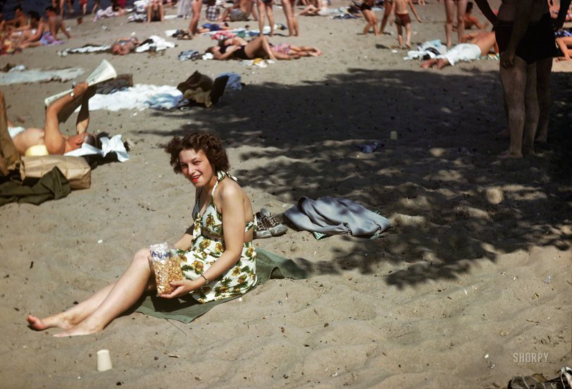 Hot Mama: 1946