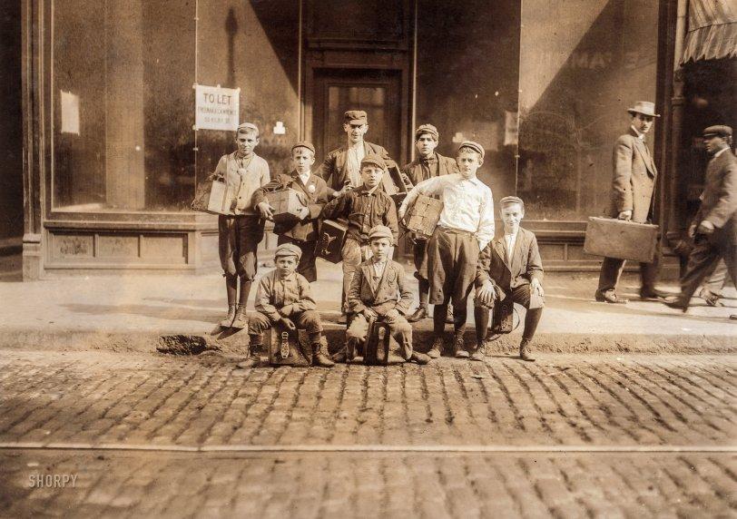 Bowdoin Boot-Blacks: 1909
