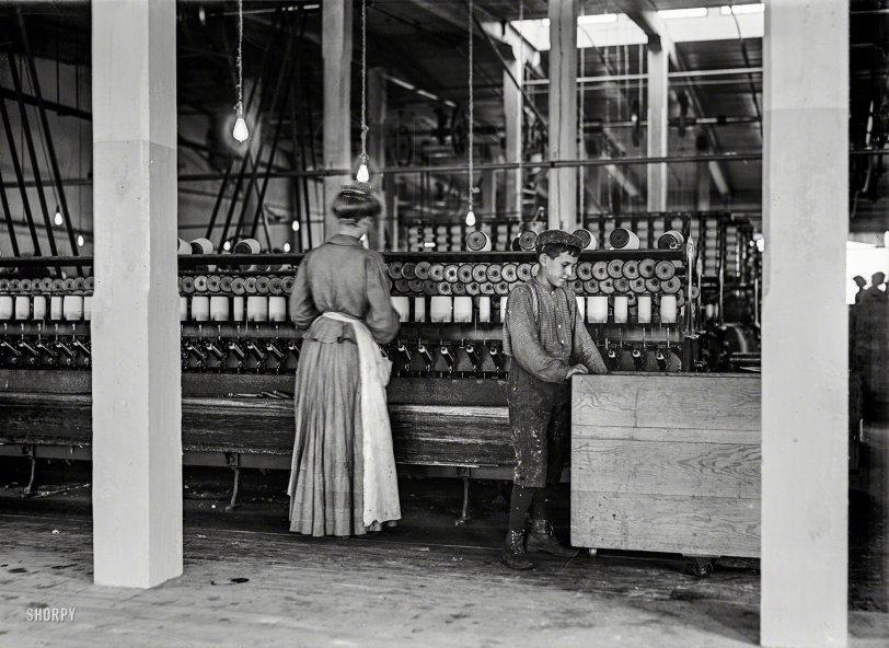 Doffer & Spooler: 1908