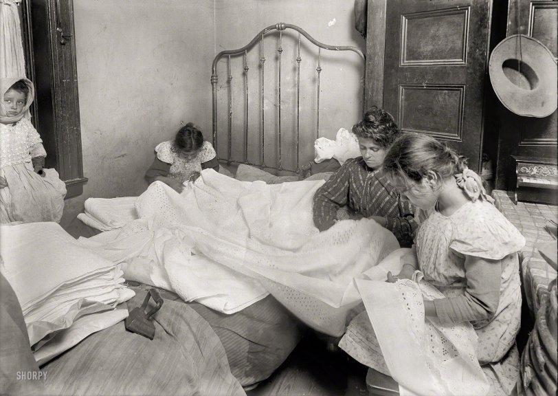 Cutting Bee: 1912