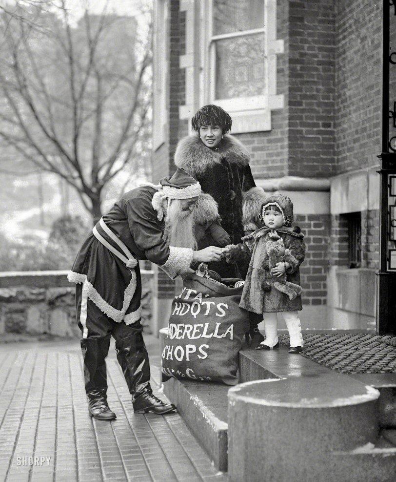 Cinderella Santa: 1921