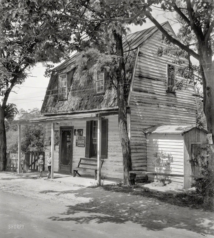 Store House: 1928