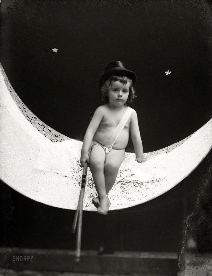 Miss January: 1890s