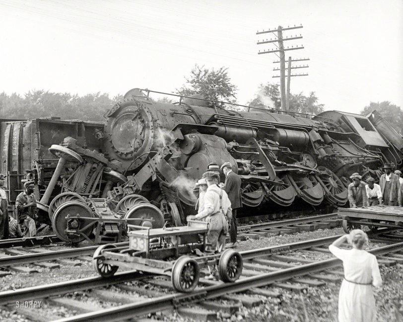 Wheels Up: 1922
