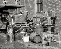Bootleg Booze: 1922