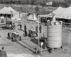 Tractor Expo: 1922