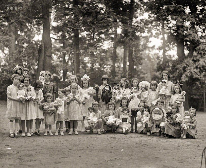 Dolls All: 1923