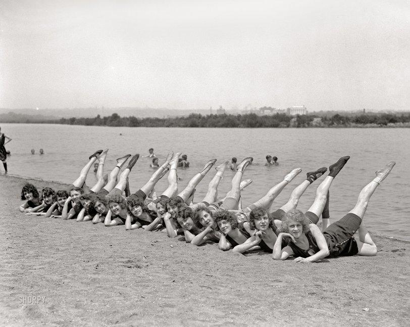 Sunshine Girls: 1923