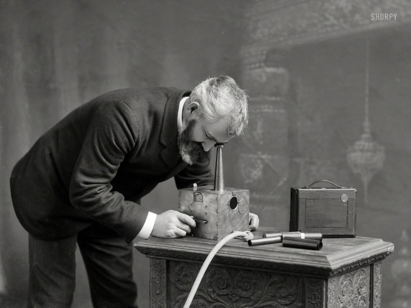 His Own Devices: 1900