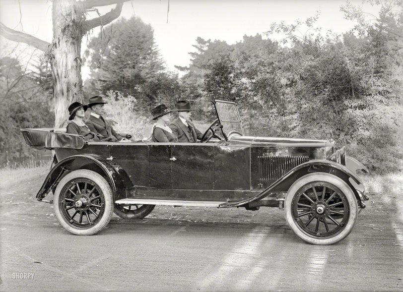 Sunday Drive: 1920