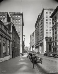 Cars on California: 1921