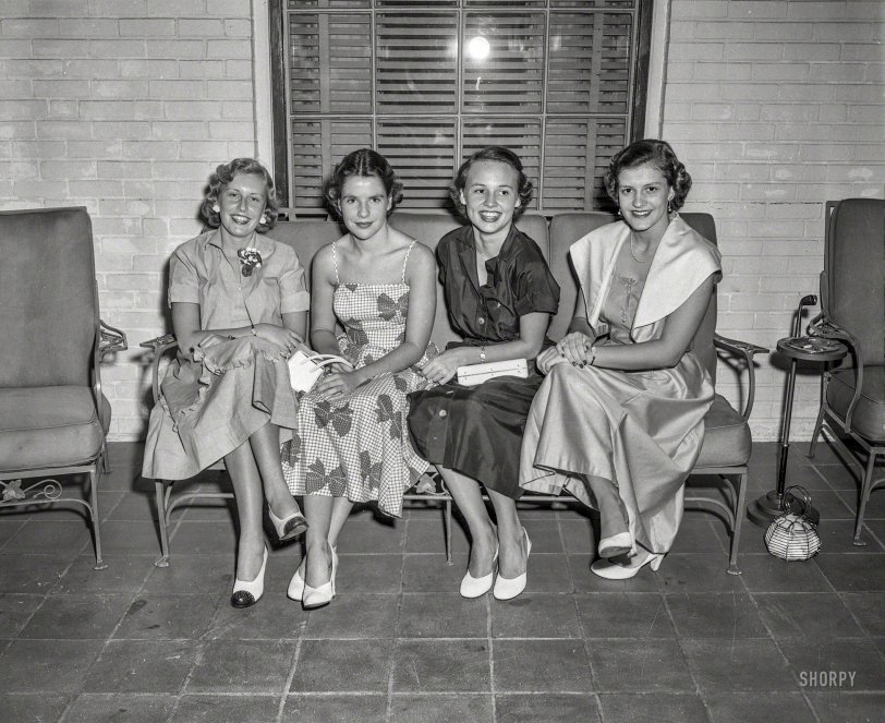Junior League: 1954